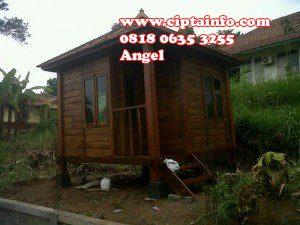 renov rumah kayu di masohi