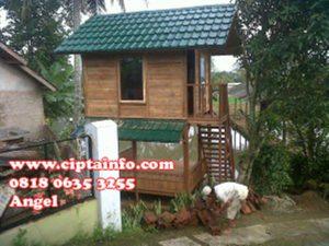 renov rumah kayu di maluku